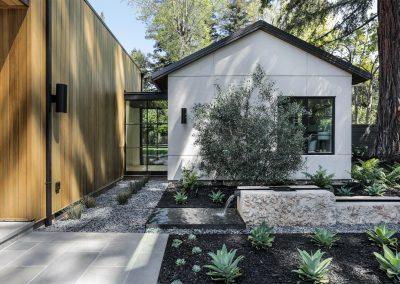 Arboretum House landscaping